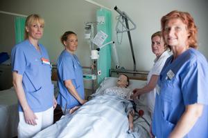 Teamet på kliniskt träningscentrum menar att sjukhuset måste öva för att kunna upprätthålla god vård.