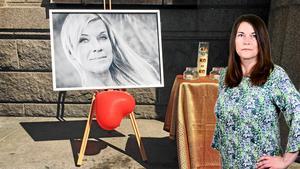 Bild från en manifestation för den mördade Lotta Rudholm.