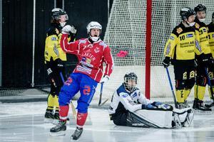 Johan Söderström i Västanfors var svår att stoppa.