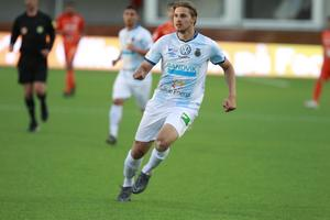 Jacob Hjelte rivstartade lånesejouren i Sandviken – med två mål på elva minuter.