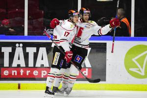 Tom Wandell var i högsta grad inblandad när Örebro Hockey säkrade kontraktet borta mot Mora i våras. När SHL startar om på lördag möts lagen på nytt i Jalas Arena.Foto: Björn Lindgren/TT