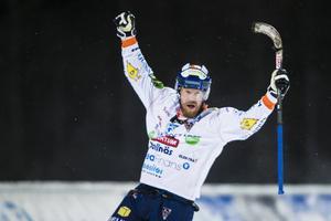 Ville Aaltonen satte 1–0-målet för Bollnäs borta mot Sirius på ett vindpinat och kyligt Studenternas.
