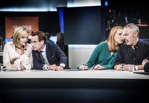 Lööf och Björklund tvingas nu visa hur mycket deras motstånd mot Sverigedemokraterna egentligen är värt.