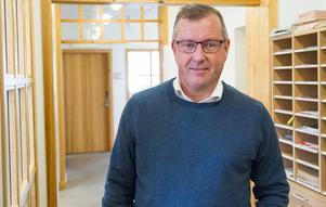 Näringslivschefen Hans-Göran Karlsson tycks inte förstå Söderhamnarnas kraftfulla reaktioner i media på hans fjällsemester, skriver insändaren.