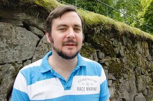 James Hughes, 37, fabriksarbetare, Sundsvall: