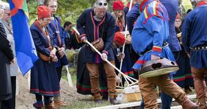 Det var i samband med urfolkens dag som kvarlevorna återbegravdes. Foto: Per Landfors.