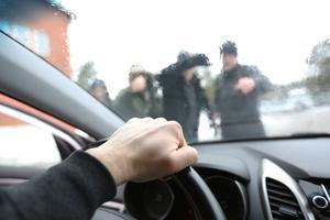 Hoten har ökat mot Q-Parks parkeringsvakter i Dalarna.
