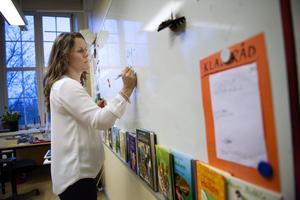 Lärarassistenten skapar förutsättningar för lärare att kunna fokusera på undervisningen och dess för- och efterarbete, skriver Robert Beronius. Foto: Jessica Gow, TT.