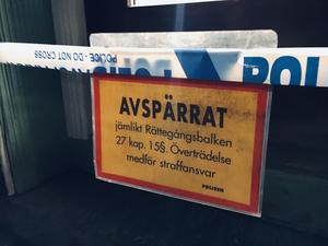 Klockan 16.09 på måndagen fick polisen samtal om ett grovt rån i en guldbutik i centrala Säter.