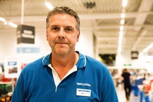 Näthandeln är inget som oroar Biltemas varuhuschef Mats Johansson något märkvärt. Mycket eftersom att de själv har en näthandel och ett väldigt stort utbud av produkter.