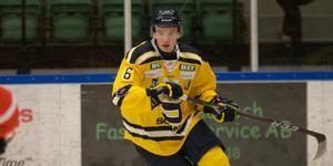 Lucas Feuk sköt två mål mot Nyköping, talangens första för SSK.
