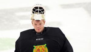 Oliver Norgren kan få vakta målet på nytt på söndag. Det blir antingen han eller inlånade Matteus Ward som står mot Västerås.