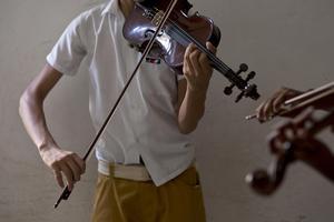Folkmusiken får sin egen natt i Falun på lördagkväll i kulturhuset tio14. AP Photo/Ramon Espinosa)