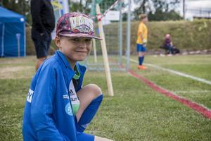 Nioåriga Alvar Magnusson spelar med Matfors pojkar födda -09.