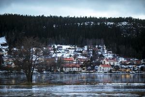 Jämtlandsvy i januari. Varje vecka får Kvinnojouren i Östersund ta emot ett 70-tal telefonsamtal från kvinnor som behöver stöd och hjälp.