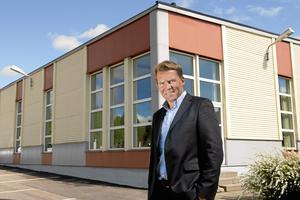 Mikael Magnusson lämnar nu Danfo efter 16 år i företaget. Han är både koncernchef för Danfo International AB och vd för moderbolaget Danfo AB i Nora.  Foto: Ulla-Carin Ekblom