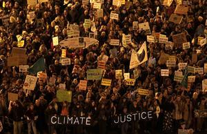På bilden ses klimatdemonstranter i Madrid den 6 december 2019.