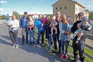 Allehanda.se har tidigare skrivit om Dockstas babyboom – det har flyttat in och fötts så många barn att förskoleplatserna inte längre räcker tilll. Nu ser det problemet vara löst inom en snar framtid.