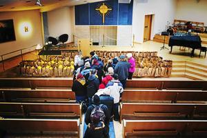 Julkassen – ett samarbete mellan LT och flera kyrkor – uppskattas av insändarskribenten.