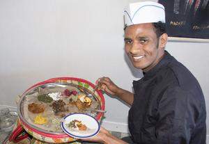 Salomon Gemrehiwet har öppnat en eritreansk restaurang i Avesta.