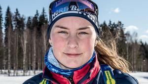 Ella Halvarsson vann stafettguld vid junior-VM i Estland.