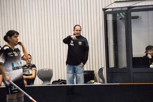 Tränare Stefan Ekström blickar framåt mot viktigare uppgifter än serieavslutningen. Nu blir det kamp om uppflyttning som gäller.