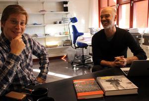 Jerker Beckman och Niklas Hjulström har bland annat fördjupat sig i Anders Lifs böcker om Västerås för att få ett grepp om Aseas historia.