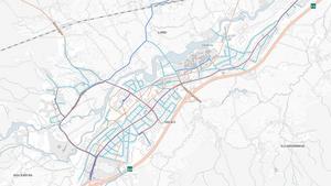 RÖTT: Prioriterade cykelvägar - tre centimeter, ORANGE: Övriga cykelvägar -  fem centimeter, BLÅ: Bussgator - sex centimeter, TURKOS: Bostadsgator och övriga gator och vägar - åtta centimeter