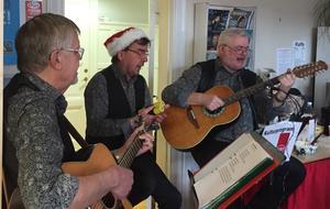 Trio Fobi underhöll med väldigt trevlig musik. Foto: Privat