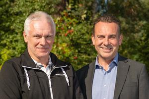 Erik Eriksson går i pension och lämnar över till Gunnar Genander. Foto: Mattsson Metal