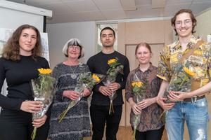Elin Berner-Wik,  Anna Eilert, Inti Segura, Jenny Överfors och Leo Määttä från Västerås Konstskola. Foto: Jakob Svärd
