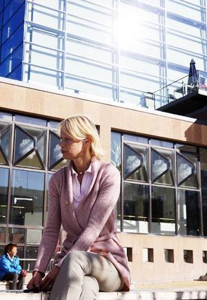 """""""Jag har inte fått min plats i partistyrelsen på grund av historien utan för min vision för framtiden"""", slår Saila Quicklund fast. Hon började med politiken så sent som 2006."""