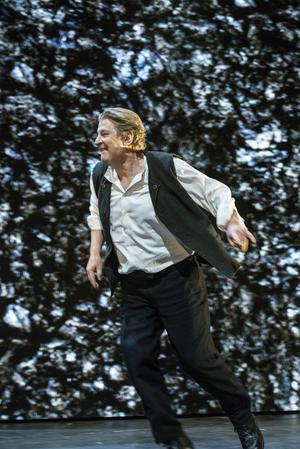 Rolf Lassgårds karisma ger hela föreställningen glöd!Foto: Sören Vilks