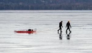 Räddningstjänstens dykare får en specialutbildning som sträcker sig över 8 veckor och kostar uppåt 250 000 kronor. Foto: Johan Nilsson.