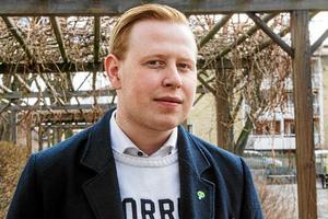 William Olsson har aldrig känt sig avskräckt av de hån och hat han har mött på nätet.