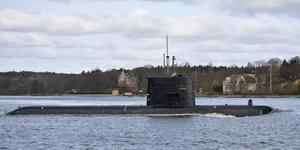 En svensk ubåt av Gotlandsklassen på väg ut från Stockholm. Foto: Henrik Montgomery / TT.