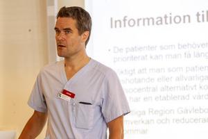 På Hudiksvalls sjukhus finns fortfarande luckor att fylla – men läget ser bättre ut än föregående sommar.