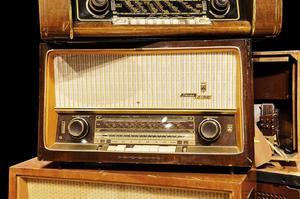Radion som en gång alla samlades kring. Foto: TT