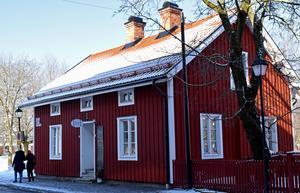 I sommar har det gått två år sedan Erika Svensson tog över verksamheten i Hantverksbyn.