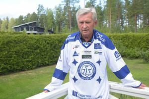 Det här är Mats Åhlberg idag. Etta på Sportens 100-lista över Leksands främsta spelare genom tiderna.