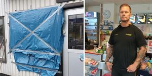 Fredrik Gunnarsson berättar att två maskerade män har brutit sig in på Gulf-macken genom att krossa ett fönster. Väl inne har de öst ner cigarretter i svarta sopsäckar och sedan lämnat platsen i en silverfärgad bil.