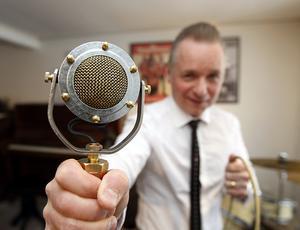 Den här gamla hemgjorda mikrofonen spelar in ett perfekt ljud, säger Kingen.