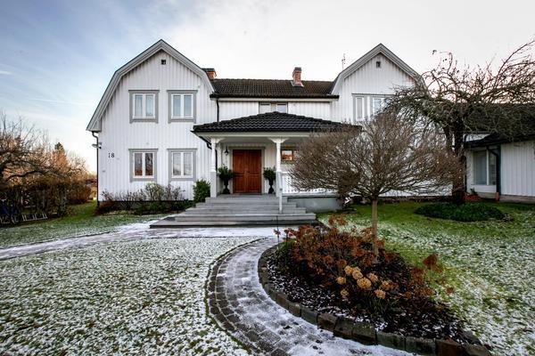 Paret Taubes hus i Lillån byggdes på 1910-talet för att alla som ville skulle kunna möta Maria Lindgren som sades kunna bota sjuka.
