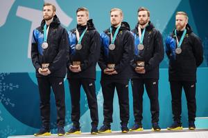 De svenska herrarna som tog silver på lördagen. Bild: Jon Olav Nesvold/Bildbyrån