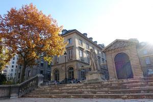Tradition, bildning och vetenskap. Gabriel Tarde var verksam vid den anrika forskningsinstitutionen Collège de France i Paris, som inte frambringat mindre än 21 Nobelpristagare. Foto: Guilhem Vellut