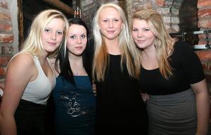 Konrad. Jenny, Jessica, Sandra och Anna