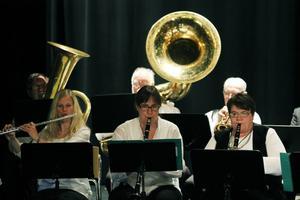 Ströms bruksorkester spelade på Hudiksvalls teater på lördagen.
