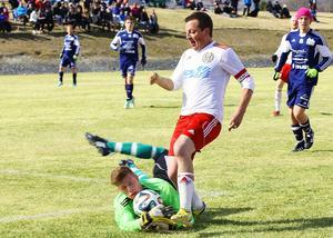 Micael Färnlund bjöd på en riktig kanon när han avgjorde matchen