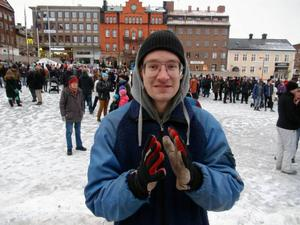 Erwin Marklund var en av dagens arrangörer. Han deltog även vid förra helgens våldsamma demonstration i Kärrtorp.