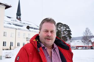 Gamle kommunalrådet Inge Östlund lämnar Centerpartiet för Sverigedemokraterna.